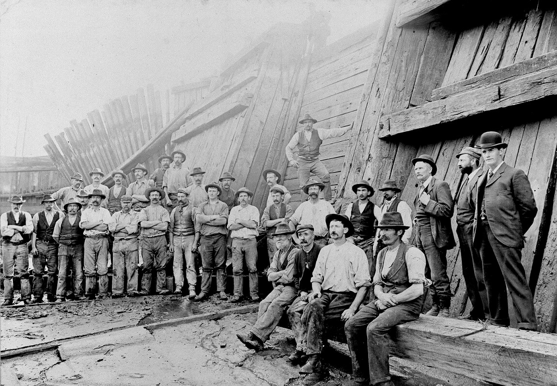 workers at the duke and orrs dock